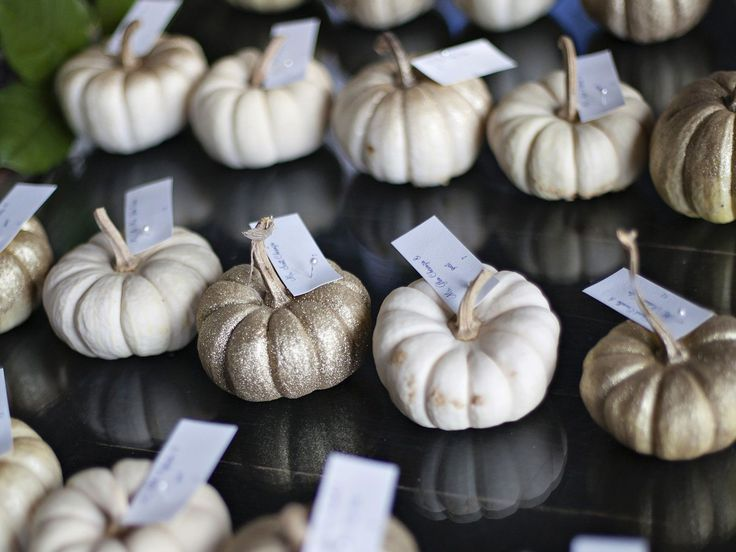 35 Delightful Fall Wedding Favors Guests Will Really Use