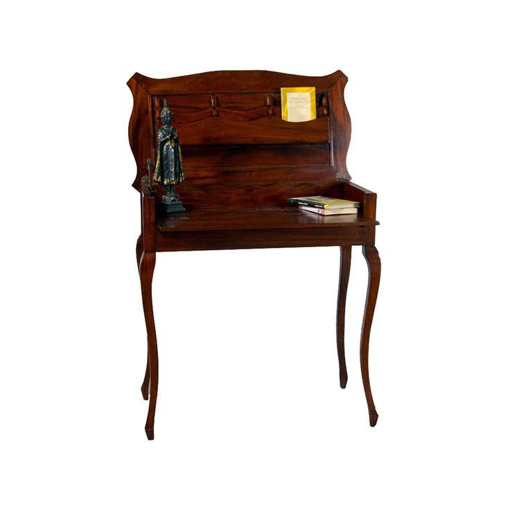 #Mesa de #madera, con escritorio oculto.