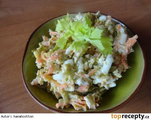 Povelikonoční salát - vajíčka, brokolice atd.
