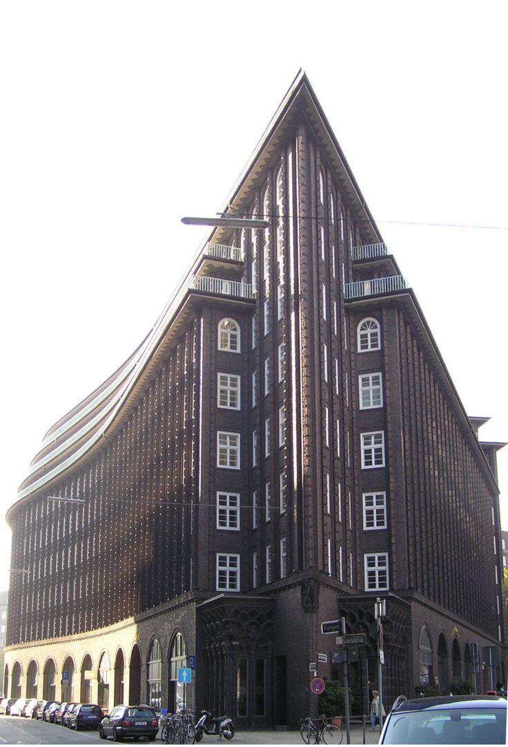 Expresionismo en ladrillo: Chilehaus (Hamburgo), construido entre 1922 y 1924 por el arquitecto Fritz Hoger