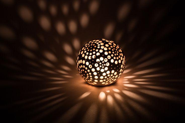 Керамические подсвечники и светильники в форме шара - новости ArtCommunity.