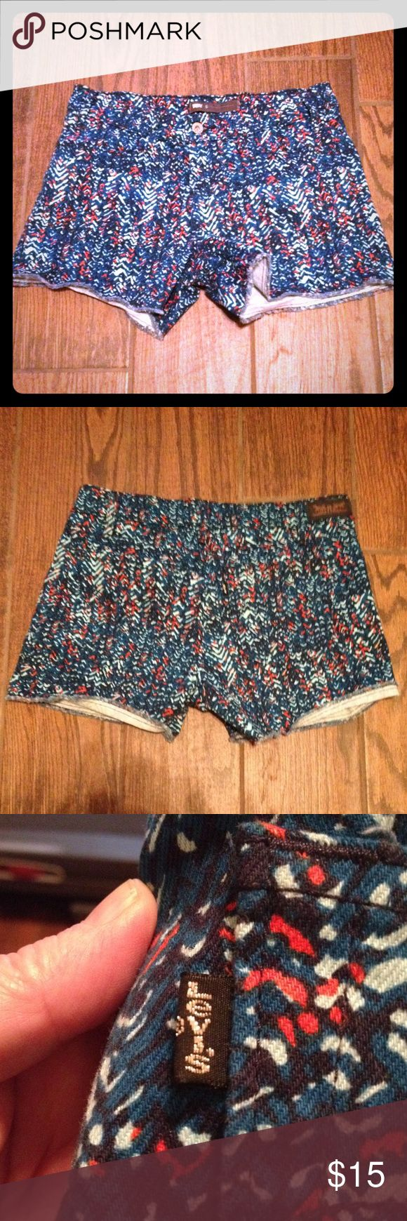 Levi Shorts 🚨SUPER SALE🚨 Blue, Black, White and Orange Patterned Levi Shorts 🚨SALE PRICE FIRM🚨 Levi's Shorts Jean Shorts