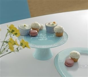 Porcelain Cake Stand Can never have enough cake stands, use them for displaying everything!