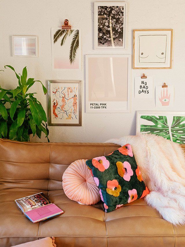 Urban Outfitters Living Room Ideas Modern Country Decor The Prints You Need To Complete Any Wall