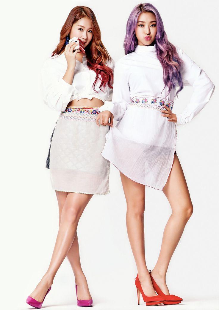 SISTAR's Soyou & Bora CéCi Korea Magazine