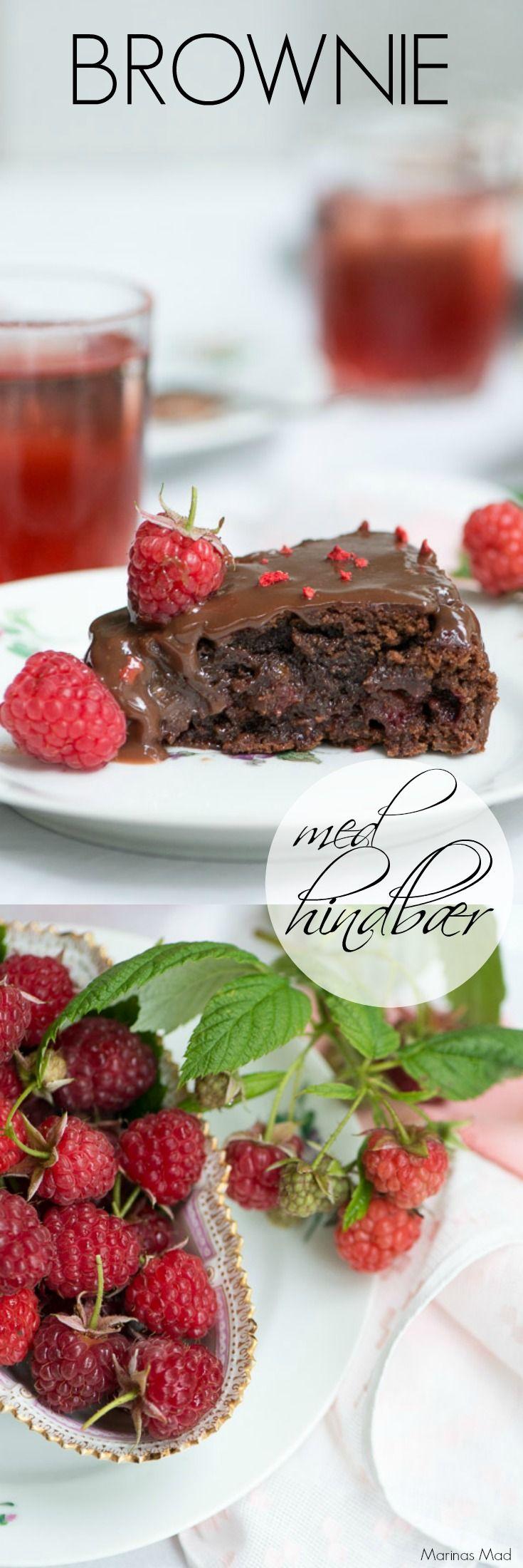 Lækker brownie med friske hindbær og hindbær ganache. Opskrift på den skønne kage fra Marinas Mad: Årstidens opskrifter.
