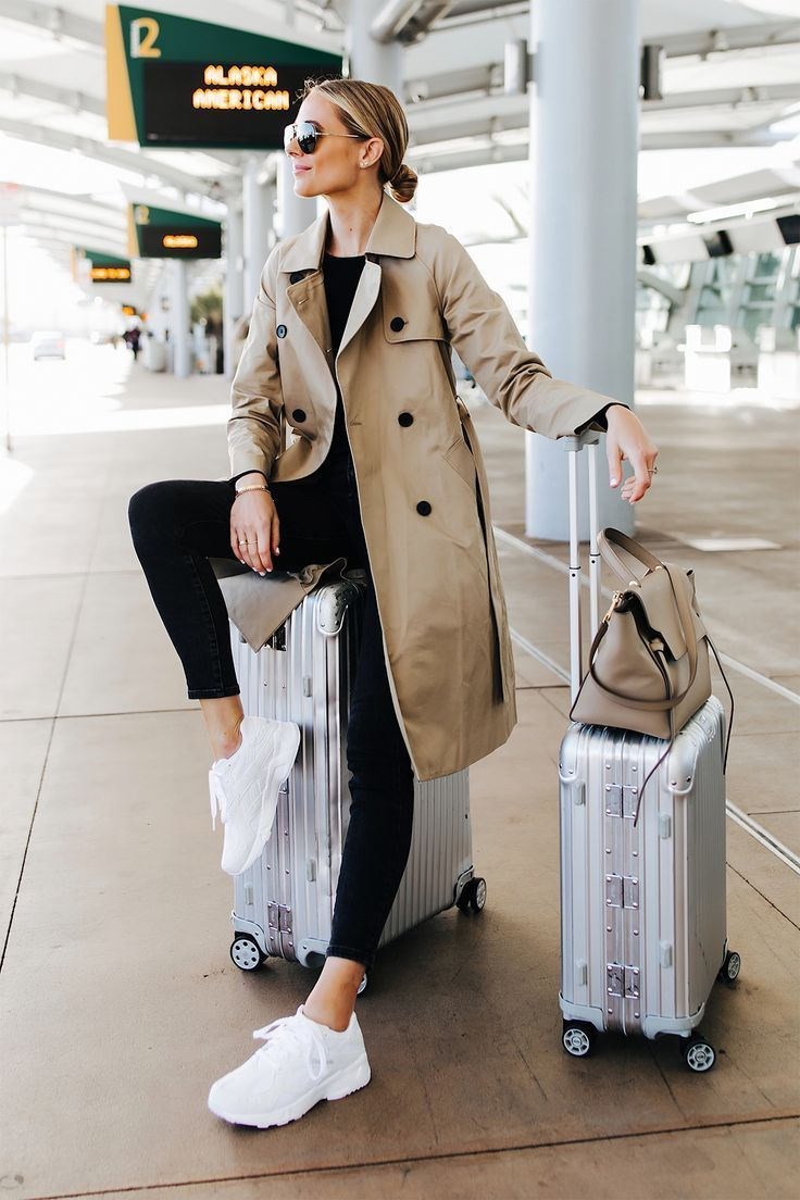 #airport outfit chic #den #Frühling #für #TrenchcoatOutfit Trench Coat Outfit …