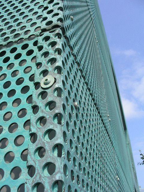 Sarphatistraat Offices - Amsterdam, The Netherlands / 2000 / Steven Holl