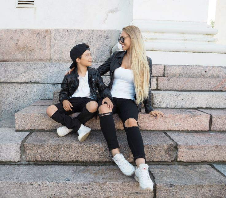 MOM AND SON MATCHING | Patricia Ström