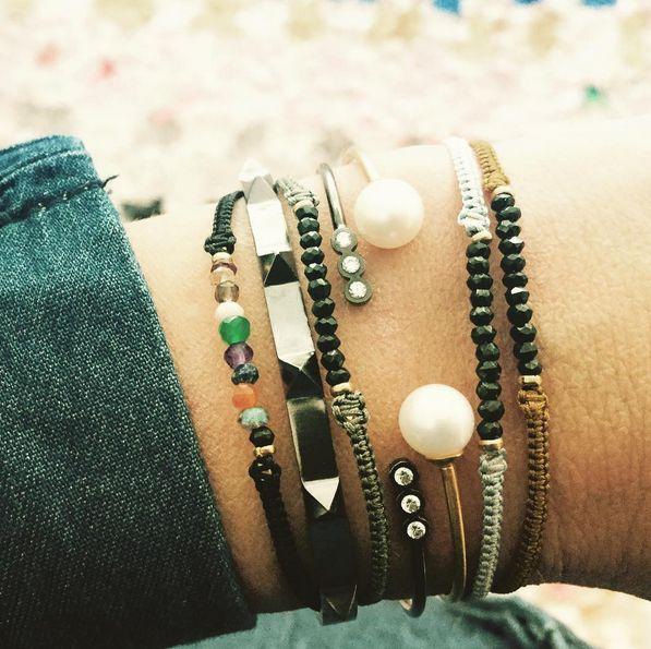 DENIM & NEW BRACELETS ✨ #sevenrivetsbracelet #black #candybracelets #blackwithmixedgemstone #khakigreywithblackspinel #ligthgreywithblackspinel #darkorcherwithspinel #love #loveit #fall #fallmusthaves #musthave #mixnmatch #delicate #colors #stineajewelry #sterlingsilver #danishdesign #danish #jewelry #jewelrylove #stinea #armcandy