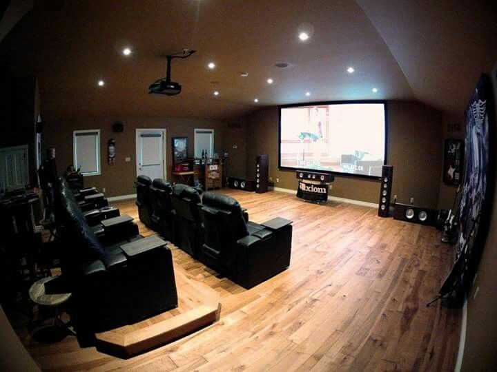 Avery Audio in Lake of Bays, ON