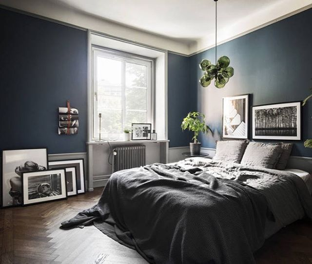 Monday and a new blogpost✨ | Apartment with a very successful color scheme | #elledecorationse #daniellawitte #interior #bedroom Photo: @bosthlm_realestate