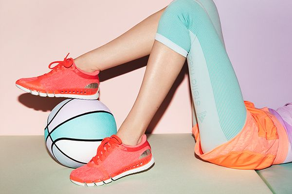 Stella McCartney Adidas. Love the pastels for spring sport inspiration! #doactiveproducts #doputitingear