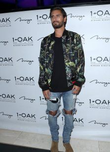 Scott Disick Goes From Casual To Club During Birthday Celebration | UpscaleHype