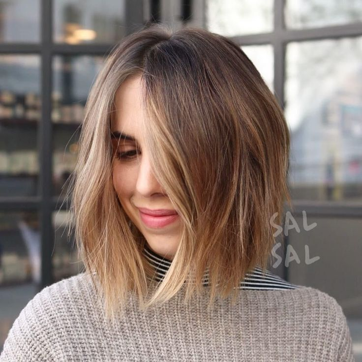 Medium Hair With Face-Framing Balayage
