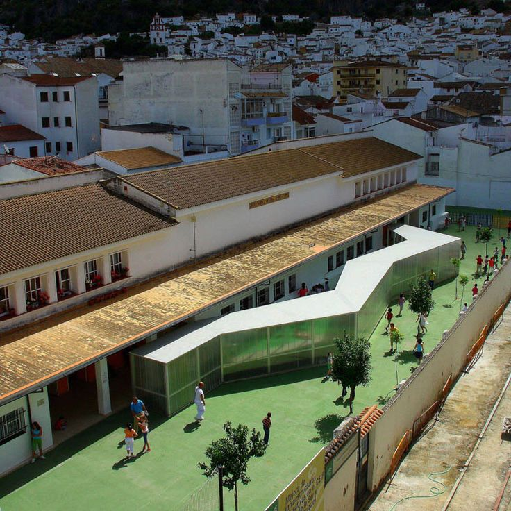 Víctor de la Serna y Espina public school refurbishment by Julio Barreno Gutierrez, Ubrique, Cádiz, Spain
