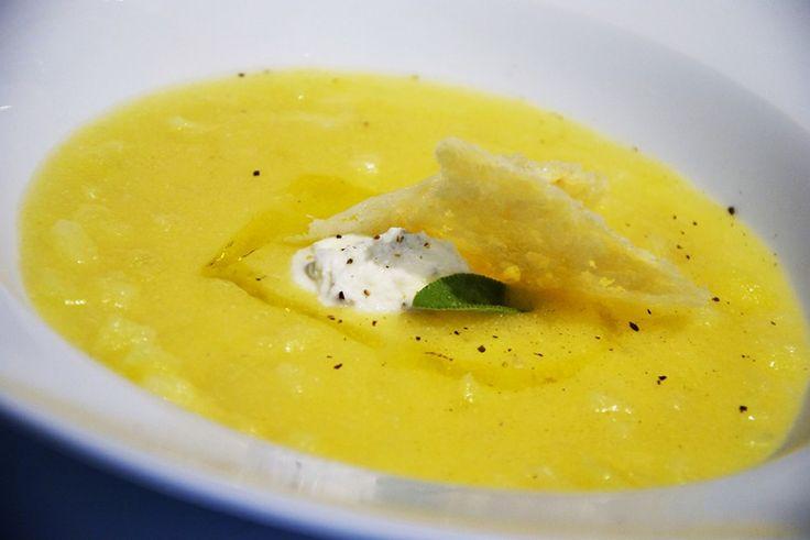Zuppa di polenta e patate con gorgonzola