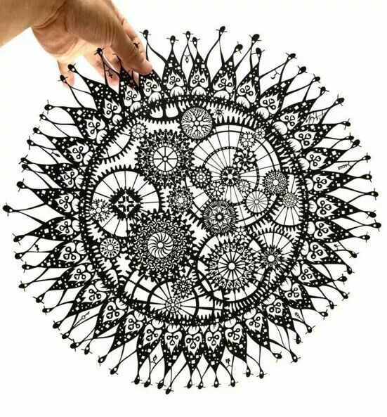 Best 200 paper cuts images on pinterest papercutting for Beautiful paper cutting art