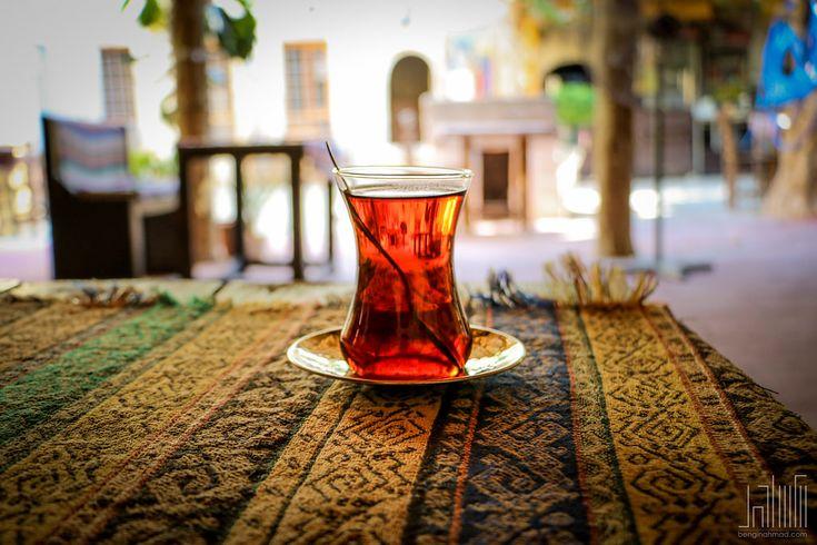 Existuje nespočet způsobů, jak připravit čaj. Lidé vprůběhu historie vyzkoušeli snad všechny znich. Jaký znich ale zajistí, aby se do čaje dostalo nejvíce žádoucích látek? TIP:Káva v ohrožení: Během 30 let by mohlo zmizet až 80 % kávových plantáží