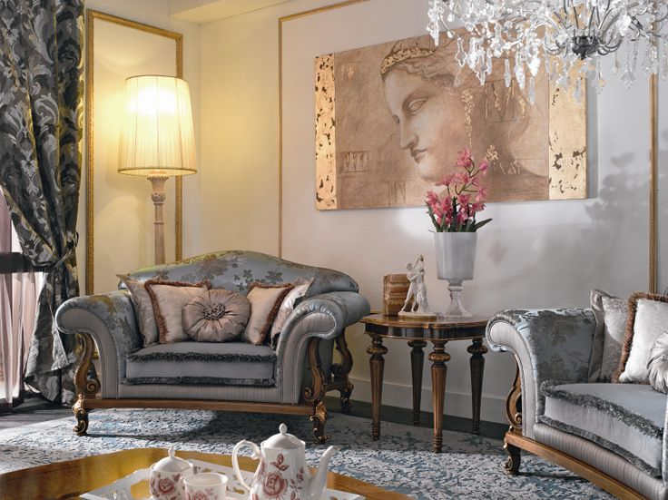 In a Fratelli Bianchini setting, a fresco by Mariani Affreschi gives art to the space