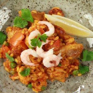 Paella med kyckling och räkor - Recept från Mitt kök - Mitt Kök