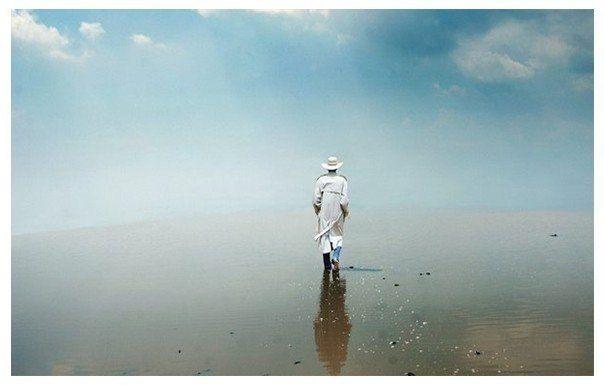 Величайшая слава не в том, чтобы никогда не ошибаться, но в том, чтобы уметь подняться каждый раз, когда падаешь.  © Конфуций