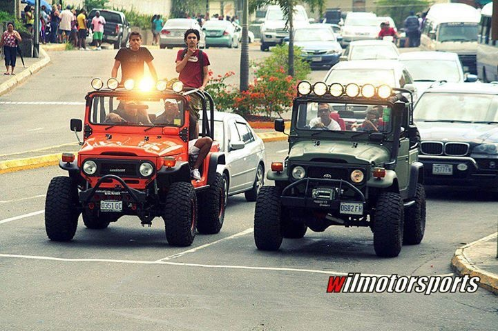 D C Ef F E Dd Ca Toyota Landcruiser X on Best Old Images On Pinterest Jeep Wrangler Land Cruiser