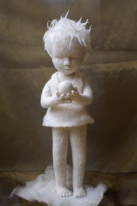 Needle felt sculpture. It's hard to believe this is needle felted.