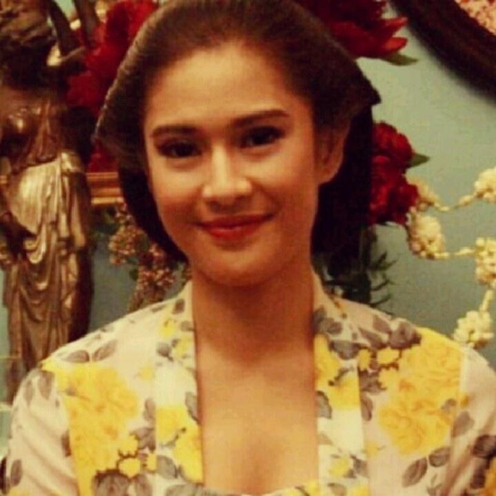 Koleksi Foto Artis Bugil Indonesia Foto Bugil Dian Sastro: Kebaya Kutu Baru Modern Artis Dian Sastro