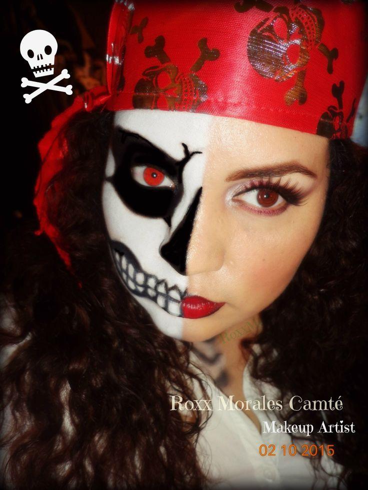 #HalloweenIdeas #Halloween #Halloweenmakeup #makeup #pirate #disfraces #piratemakeup #pirategirl #calaveramakeup #calavera #maquillaje #pirata