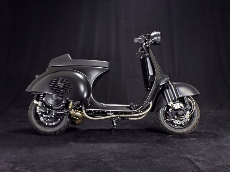 RocketGarage Cafe Racer: CUSTOM VESPA PS 240