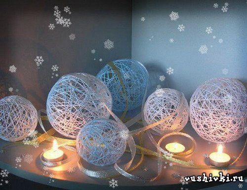Palle di Natale di filato.