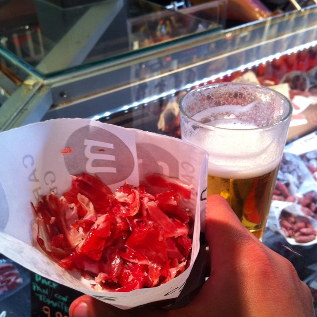 Cucurucho de jabiguito Mercado de San Miguel Madrid