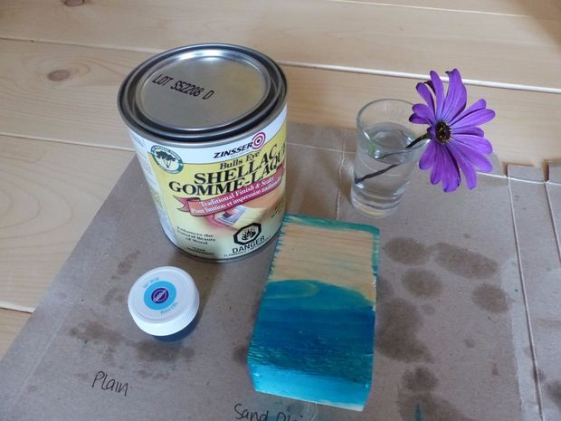 Picture of Baby-safe food-colour stain for wood: an experiment
