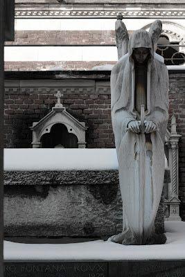 Aria Falc: Cimitero Monumentale, Milano