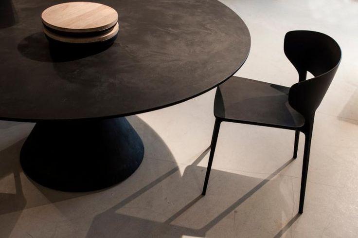 Clay table by Desalto | Master Meubel, design meubelen en interieur inrichting