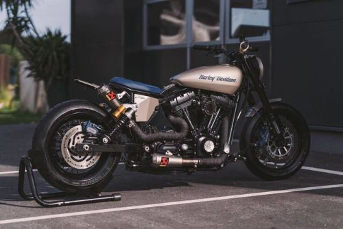 """Harley-Davidson Dyna Brat-Bobber """"Eleanor"""" by NCT Motorcycles - Photo by @pege78 #motorcycles #bratstyle #motos 