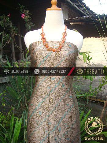 Batik Lawasan Sutera-7 | Indonesian Batik on Silk Painting, Batik Fabric, Batik Painting http://thebatik.co.id/kain-batik-bahan/batik-sutera/
