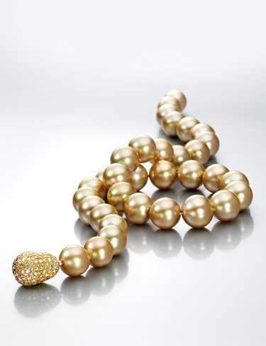 golden SS pearls and an awesome clasp