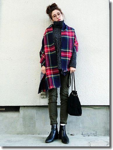 ニットと大判チェック柄ショールと♪ *秋冬ファッション『カーゴパンツ』レディース