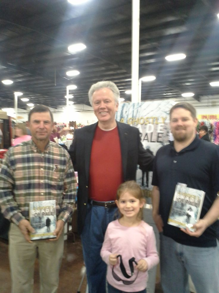 Flea Markets, especially this giant complex in Tupelo, are a favorite place to engage potential book buyers in a tough economy. Meet the nicest people.