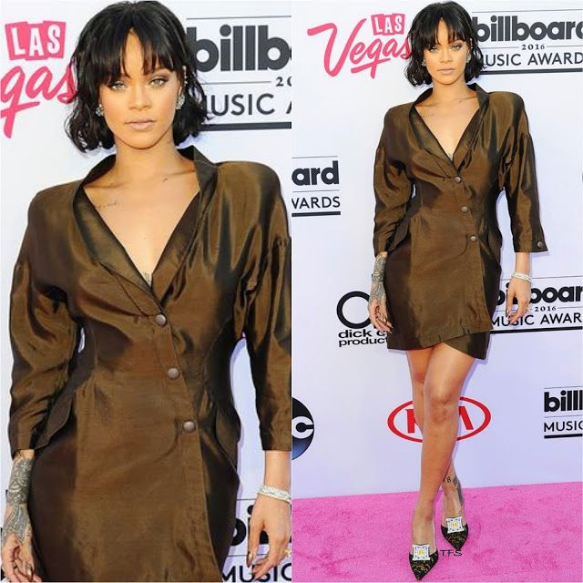 Rihanna in Vintage Thierry Mugler at the 2016 Billboard Music Awards