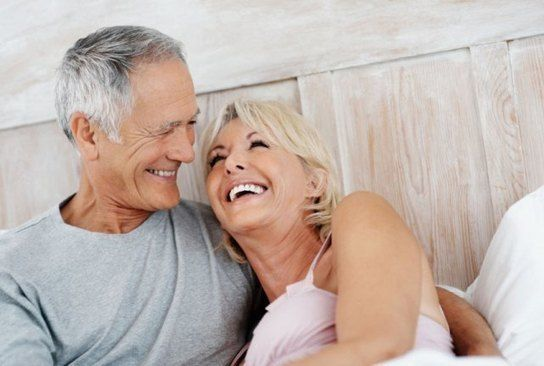 A férfi szexualitása 50 felett. A potenciazavar gyakran még mindig tabutéma. Nem beszélnek róla, vagy nem veszik komolyan. A merevedési problémák gyakorta krónikus betegségek következményei is lehetnek http://sco.lt/7B3DG5