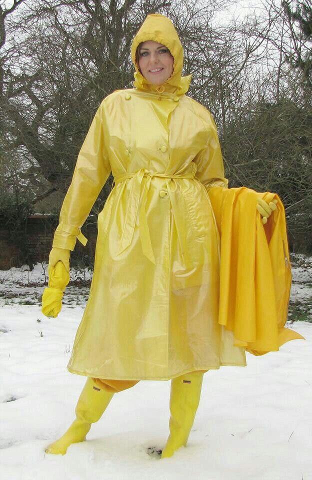 Yellow mackintosh