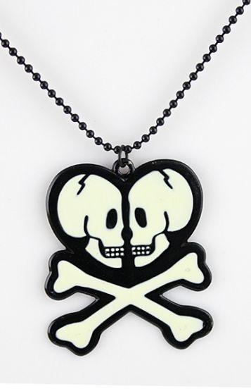 Black Lovely Skull Necklace #sheinside