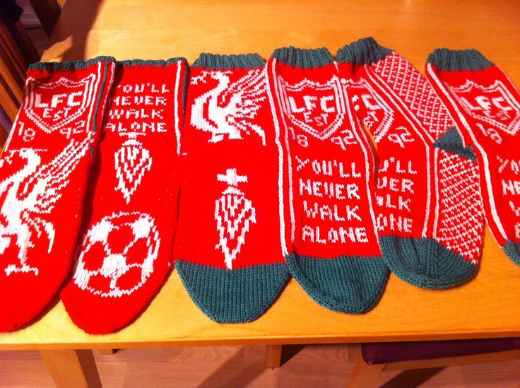 My boyfriend is Liverpool-fan. Since I couldn't decide, I knitted 3 pair of socks