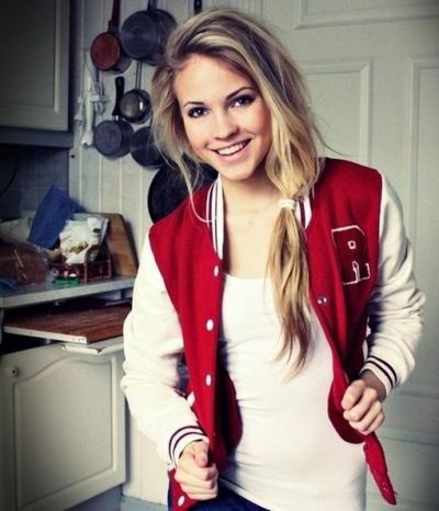 Long natural looking hairstyle with messy ponytail: Girls, Hairstyles, Varsity Jackets, Fashion, Emilie Fly, Clothes, Hair Style, Beauty, Letterman Jackets