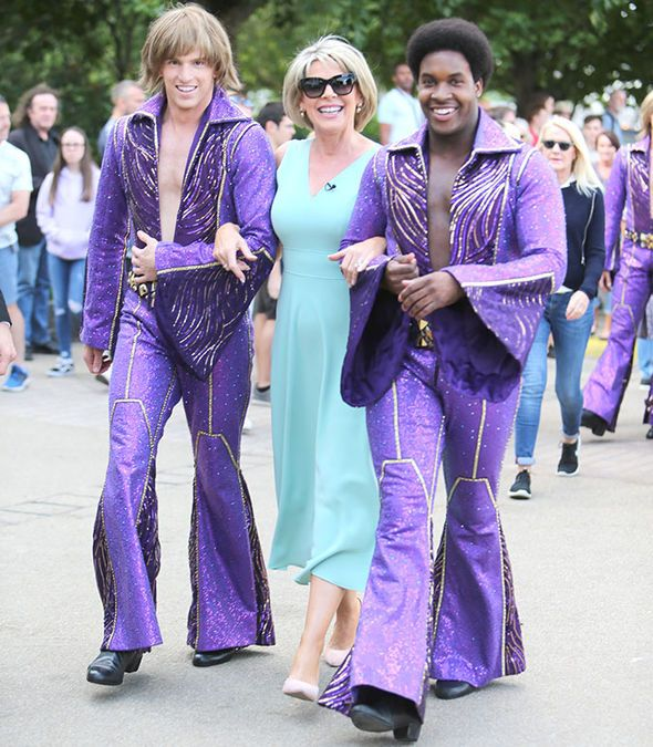 Ruth Langsford SPOTTED cosying up to professional dancers ahead of Strictly debut - https://buzznews.co.uk/ruth-langsford-spotted-cosying-up-to-professional-dancers-ahead-of-strictly-debut -