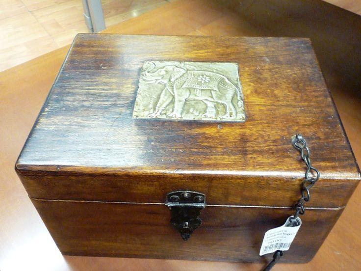 scatola legno con elefante Usato a Milano | InAndOut