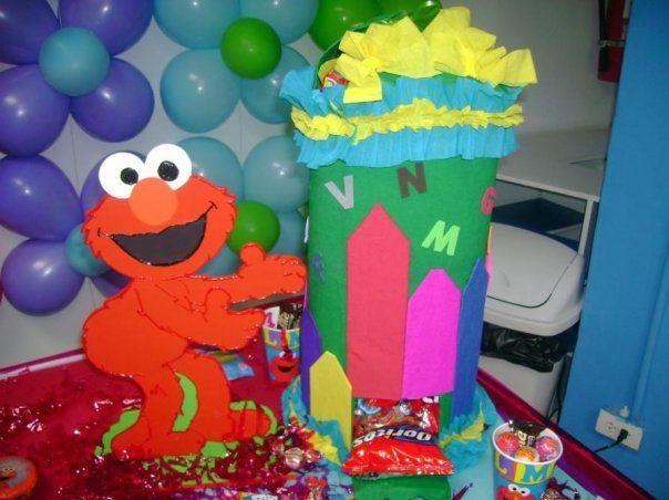 Dispensador de Cocosette y Susy (dulces en barra) Motivo: Elmo (plaza sesamo)